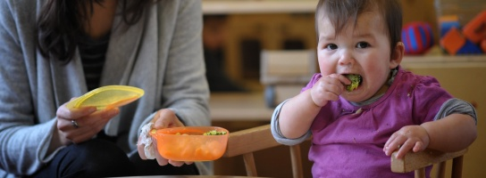 Child eating healthily